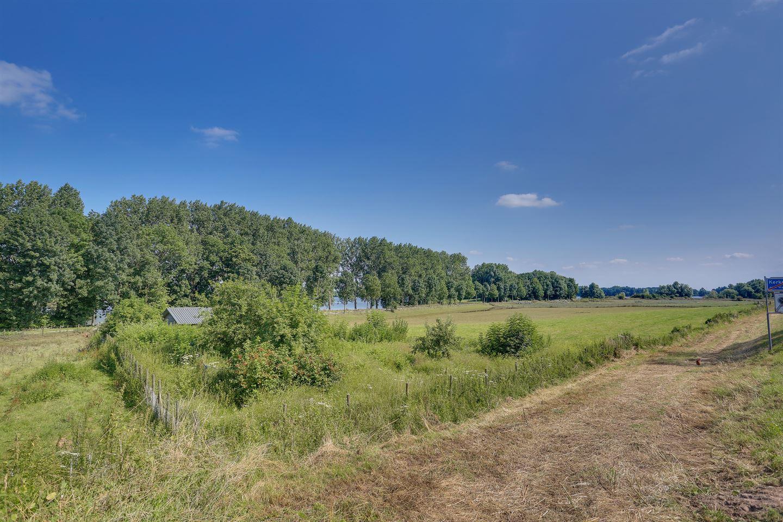 Bekijk foto 3 van Hoenzadrielsedijk 5