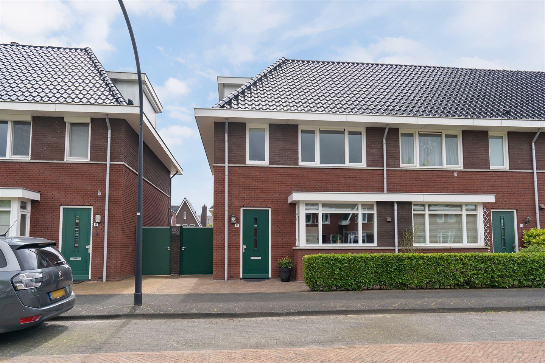 Bekijk foto 1 van Veenendaalstraat 60