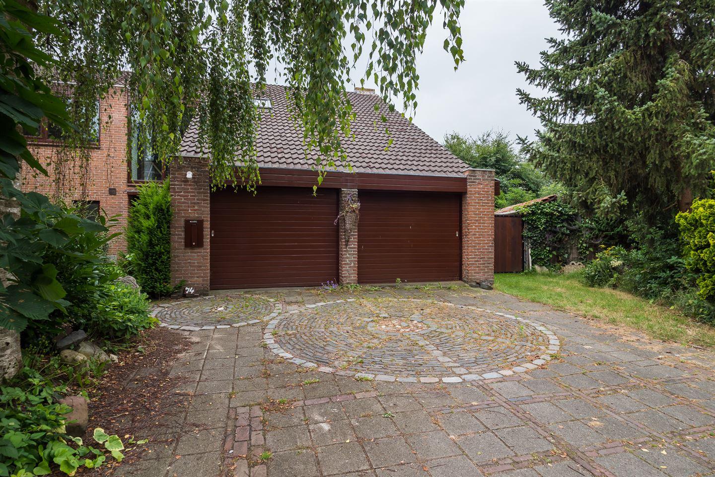 View photo 2 of Kersweg 74