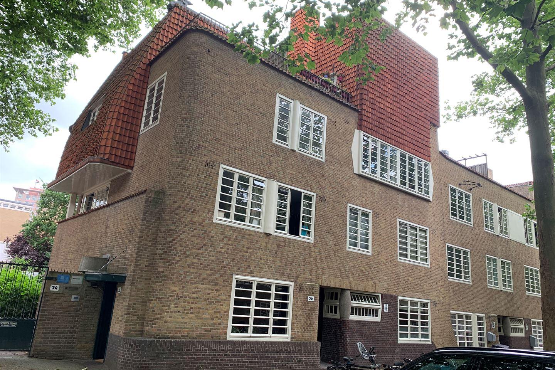 Bekijk foto 1 van Pieter Lodewijk Takstraat 30