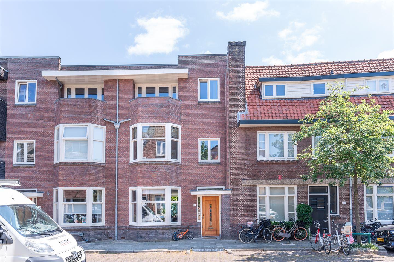 Bekijk foto 2 van Jacob van Ruisdaelstraat 64