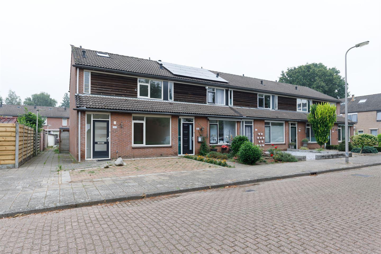 Bekijk foto 2 van Rob de Vriesstraat 189