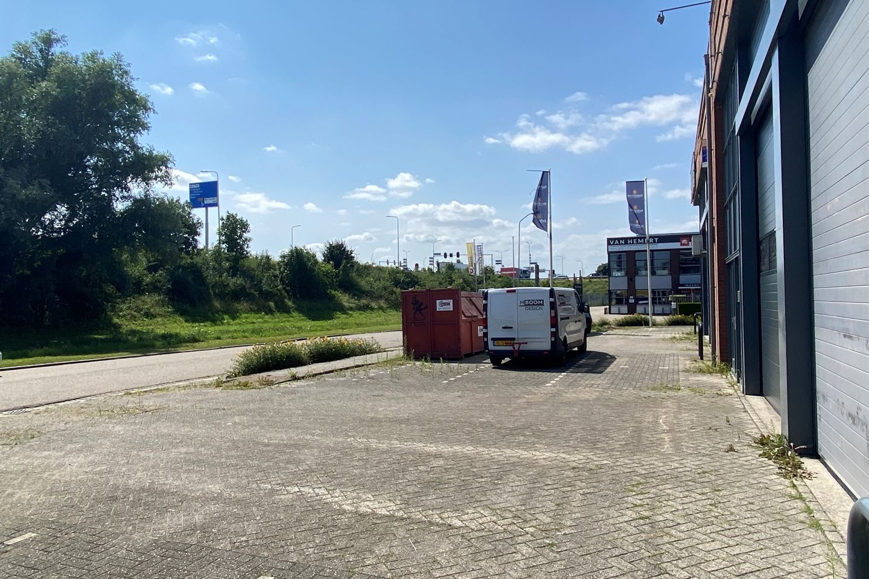 Bekijk foto 2 van Van Voordenpark 9 d en e