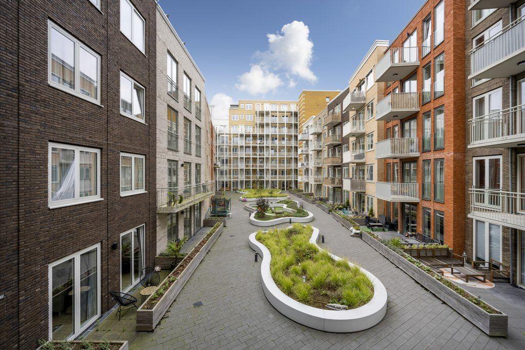 Bekijk foto 4 van Piet Mondriaansingel 101