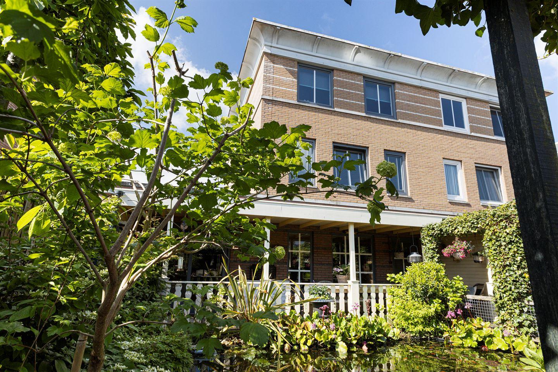 Bekijk foto 2 van van Ruysdaellaan 7