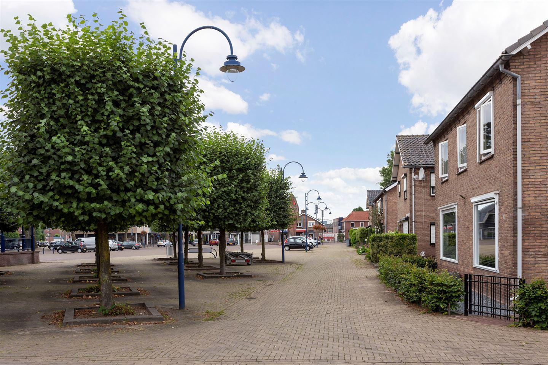 Bekijk foto 2 van Julianaplein 9 A
