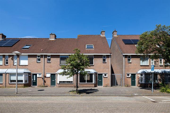 Maasstraat 13