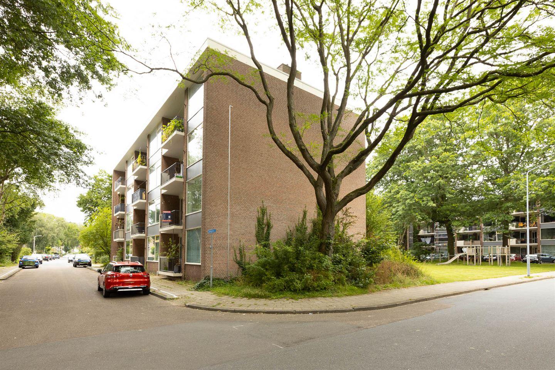 Bekijk foto 2 van Eykmanstraat 4 2