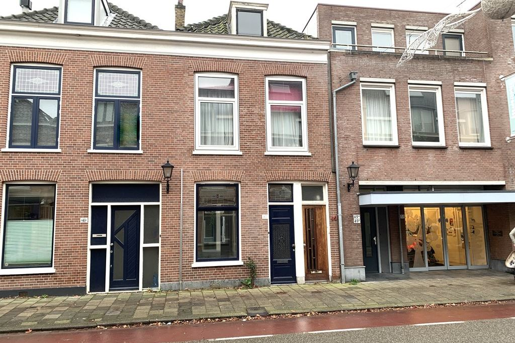 Bekijk foto 1 van Hugo de Grootstraat 47
