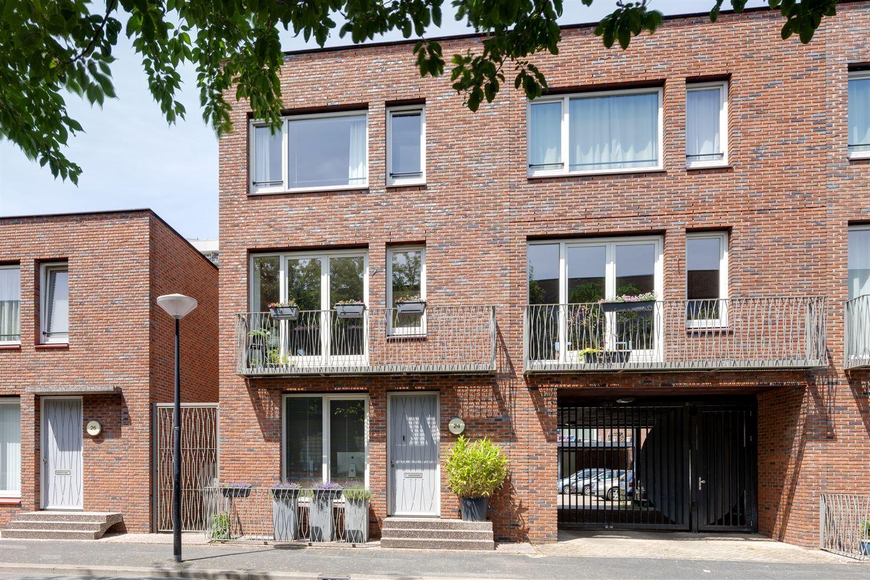 Bekijk foto 2 van Komijnstraat 24