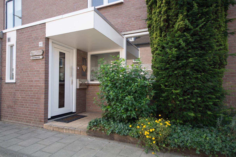 Bekijk foto 2 van Beuningenstraat 40