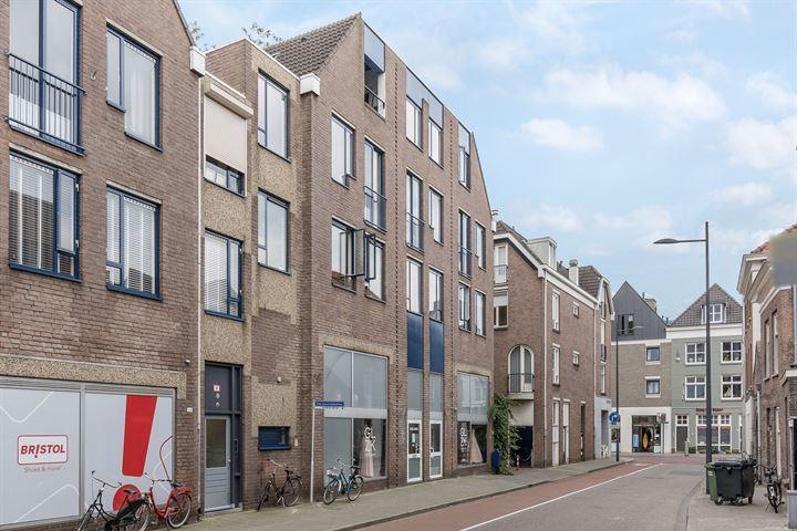 Sint Geertruikerkhof 37