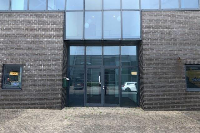 Bekijk foto 2 van Handelsweg 14