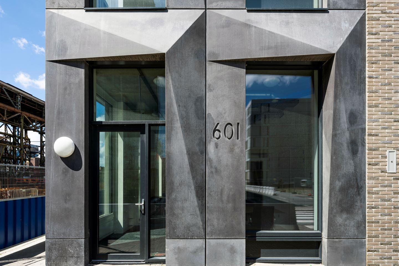 Bekijk foto 3 van Oostenburgermiddenstraat 601