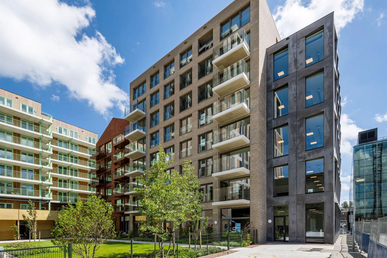 Bekijk foto 2 van Oostenburgermiddenstraat 601