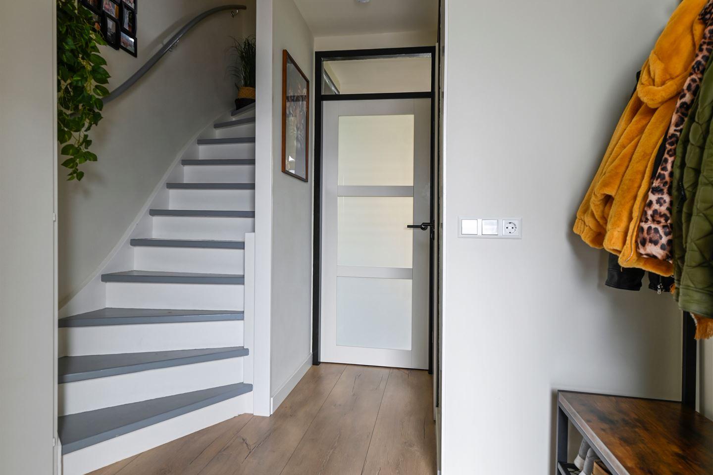 Bekijk foto 2 van Esther de Boer-van Rijkstraat 32