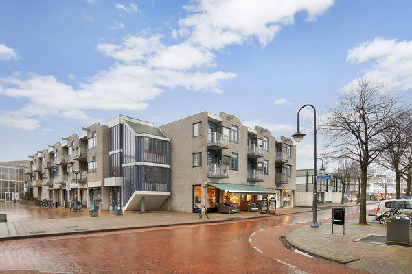 Bekijk foto 1 van Ruysdaelstraat 8