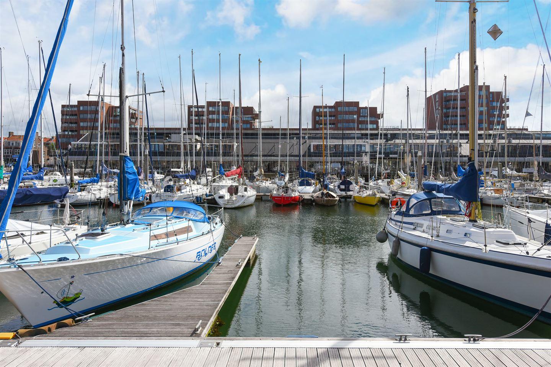 View photo 2 of Parkeerplaatsen Maritiem - Dr. Lelykade