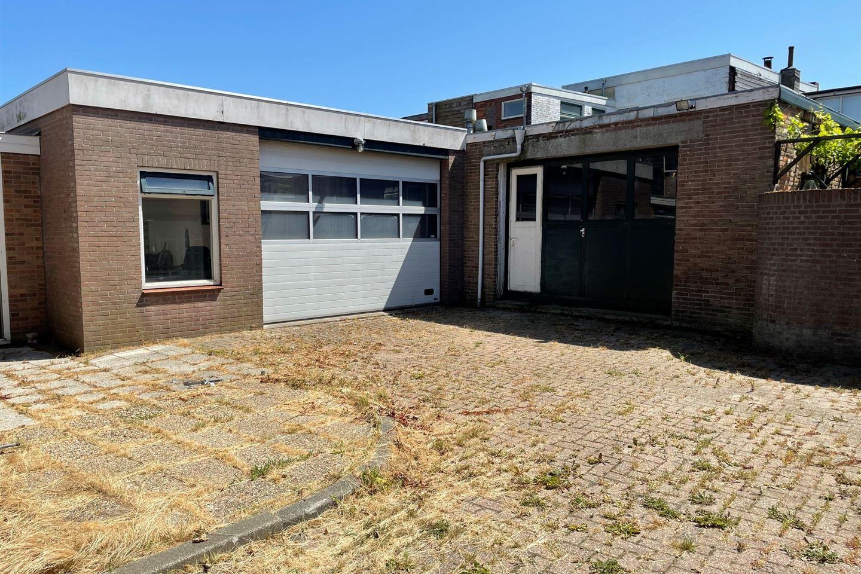 Bekijk foto 1 van De Ruijterstraat 36 36a, 38
