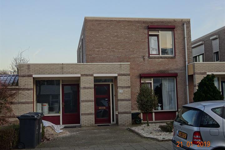 Bisschop Lindanusstraat 28