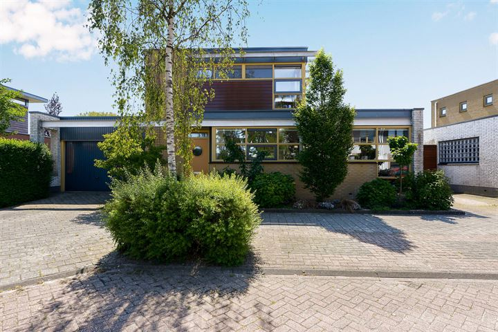 Renoirhof 151