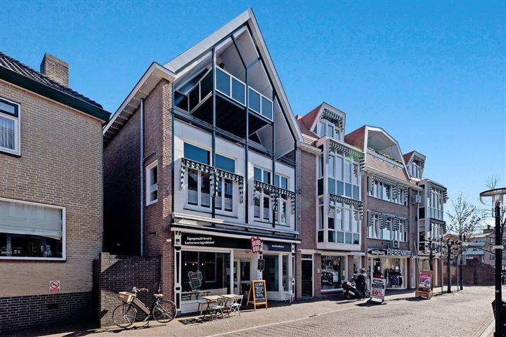 Steenstraat 43 *