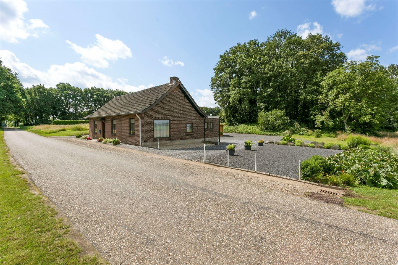 Bekijk foto 2 van Hilkensbergweg 1