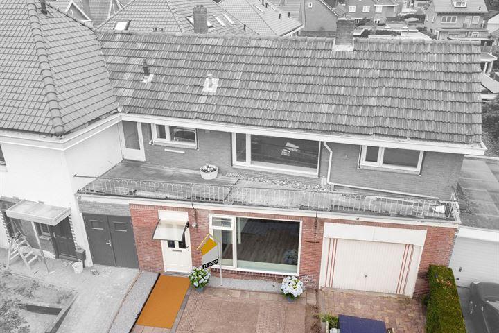 P.H. van Rijnstraat 68
