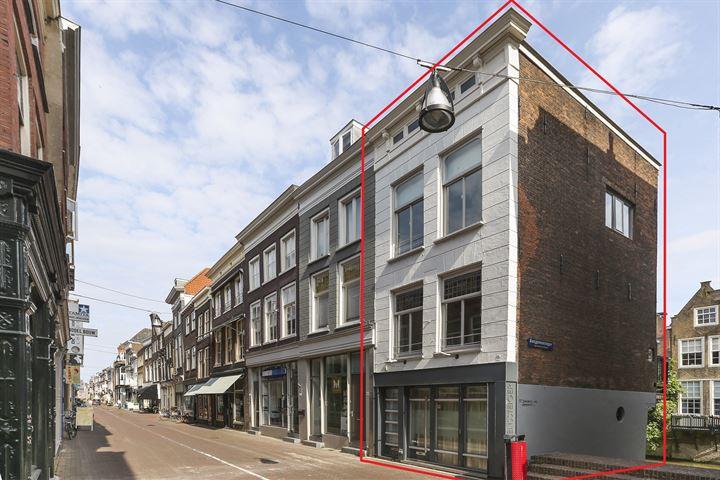 Voorstraat 399 *