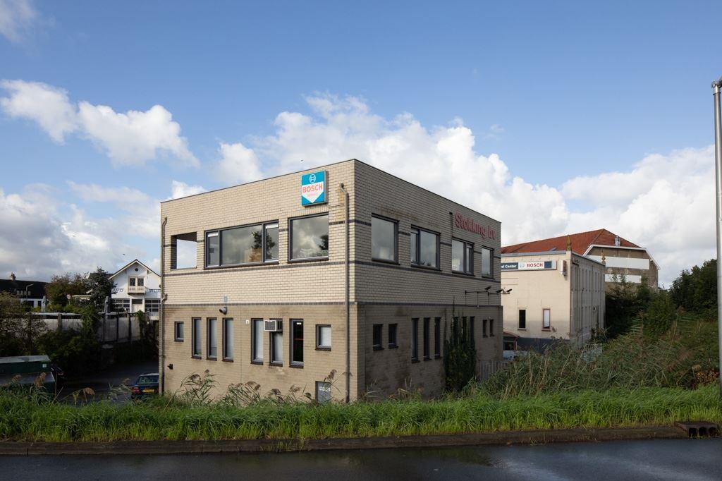 Bekijk foto 2 van Oudebrugweg 6
