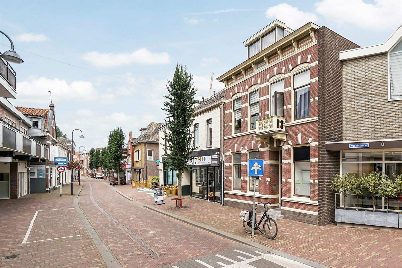 Bekijk foto 2 van van Tolstraat 3 a
