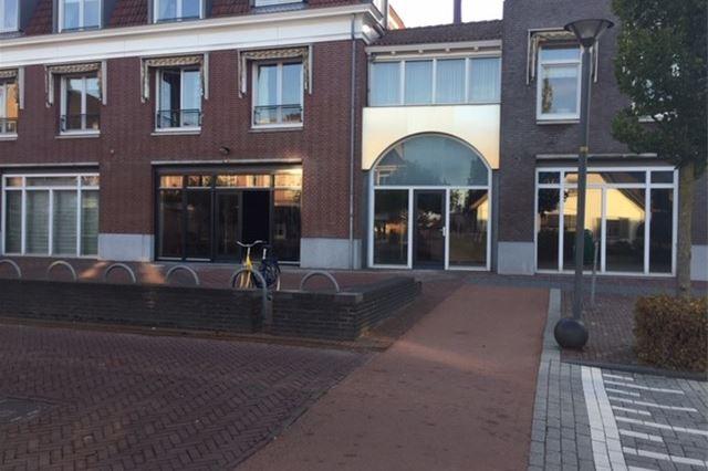 Bekijk foto 4 van Dorpsstraat 4 a