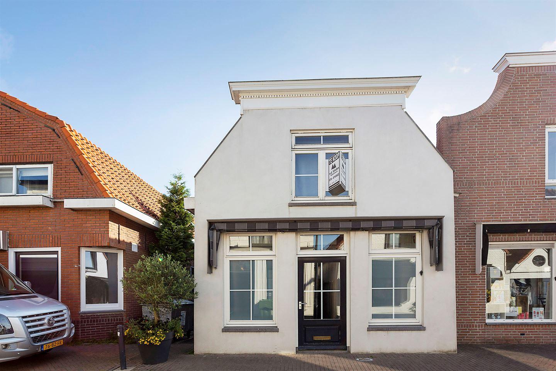 View photo 4 of Kerkstraat 10