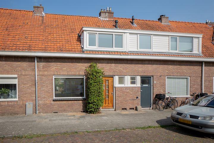 De Ruyterstraat 86