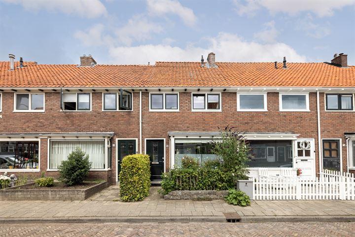 Wouwermanstraat 32