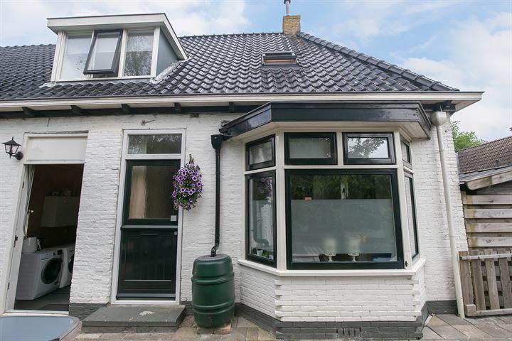 J.P. van der Bildtstraat 38