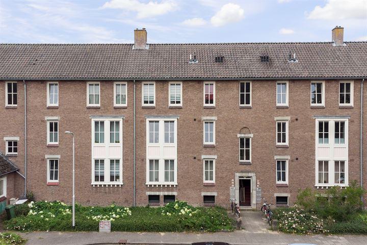 Pieter Postplein 4
