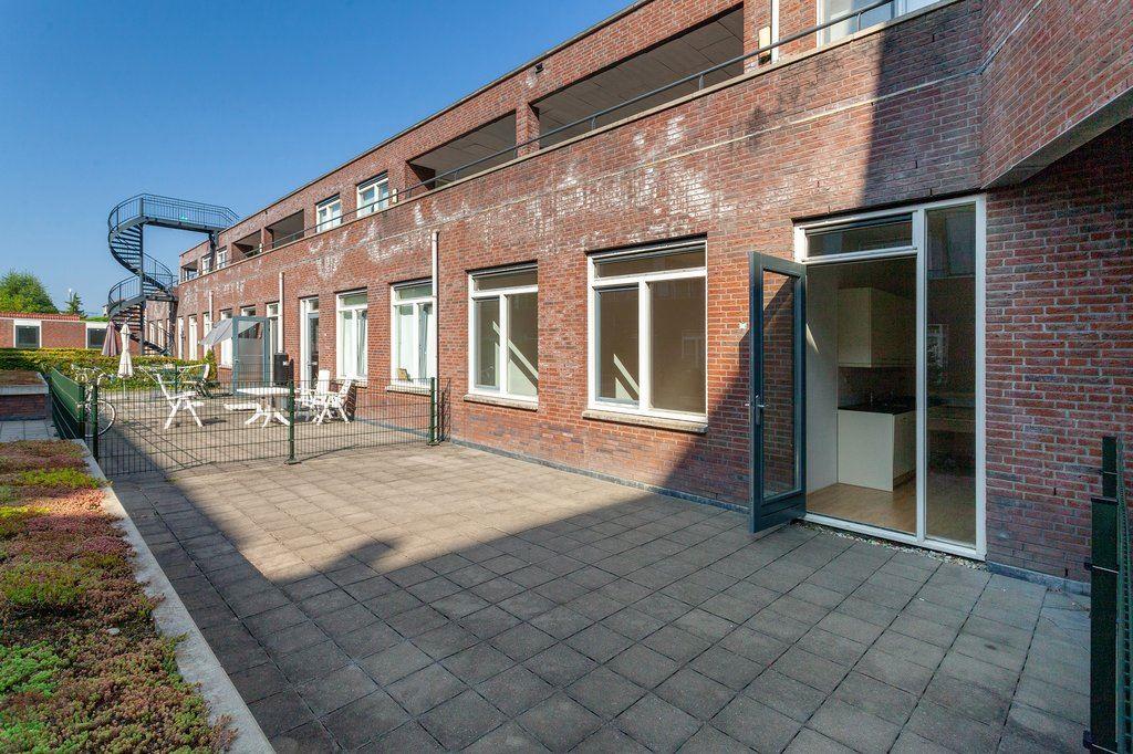Bekijk foto 3 van Blijdendijkstraat 2