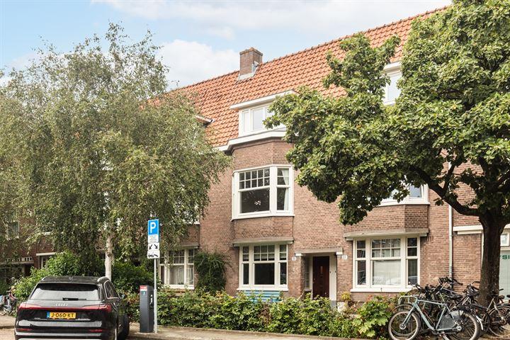 Johannes van der Waalsstraat 35