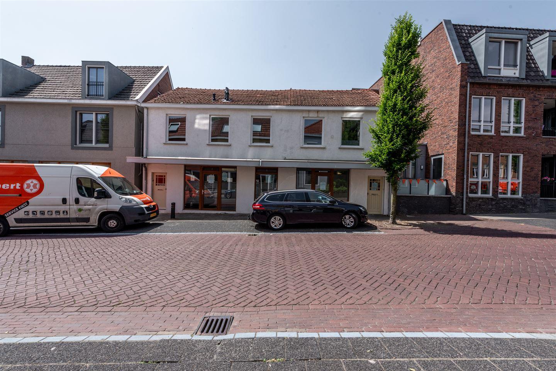 Bekijk foto 2 van Zeddamseweg 9 11