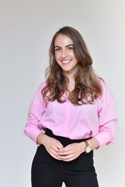 Lara S. van Roessel  - Vastgoedadviseur