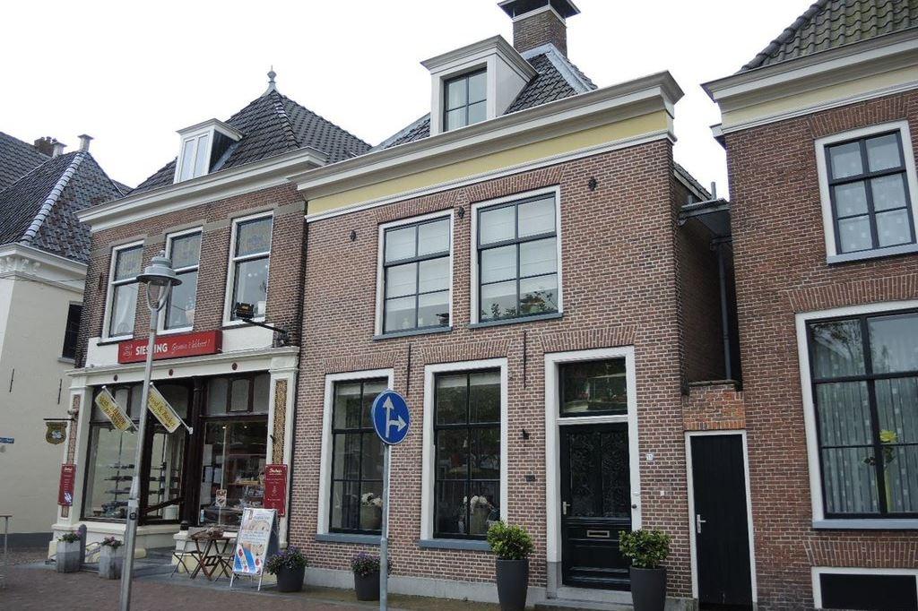 Bekijk foto 2 van Voorstraat 55 b