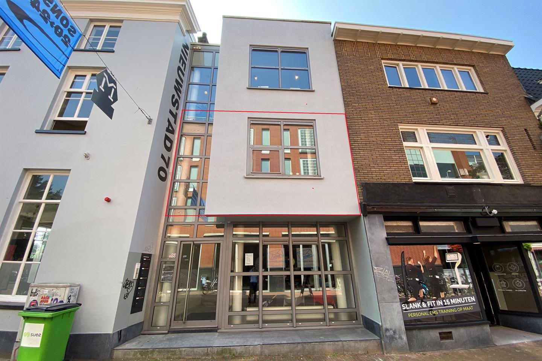 Bekijk foto 2 van Nieuwstad 70 B
