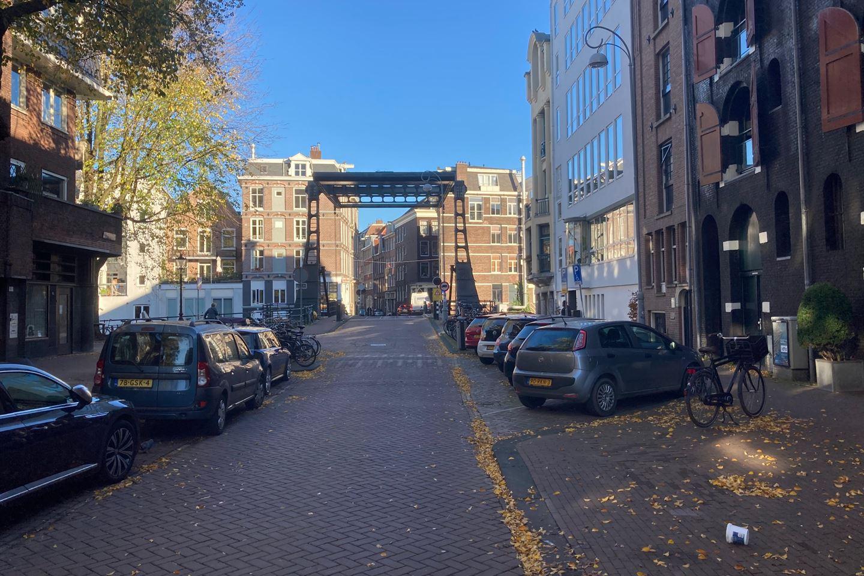 Bekijk foto 5 van Nieuwe Uilenburgerstraat 11