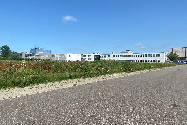 Bekijk foto 3 van Boortorenweg 20 .