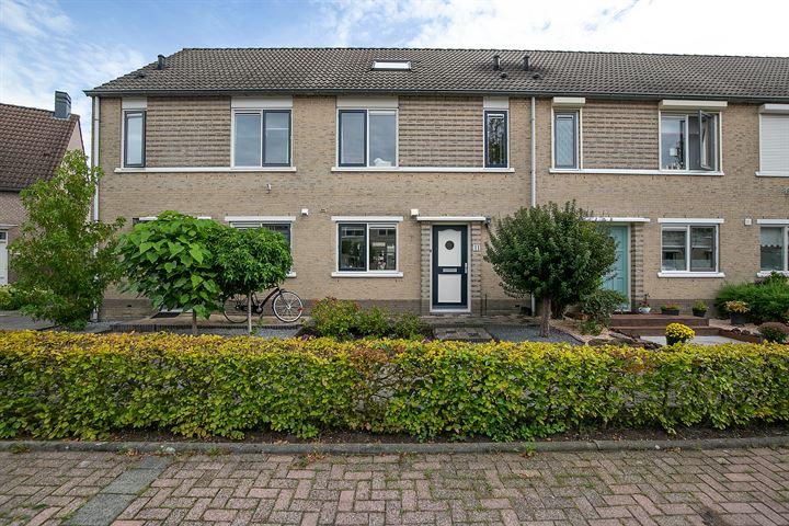 Maria van Osstraat 11