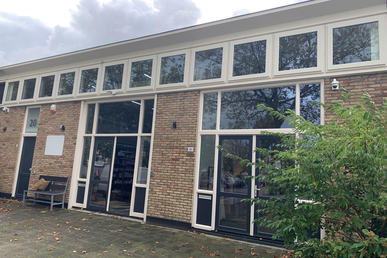 Bekijk foto 3 van Prinses Beatrixplein 20 20a