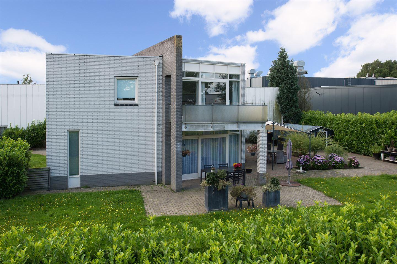 Bekijk foto 3 van van Vlissingenstraat 49