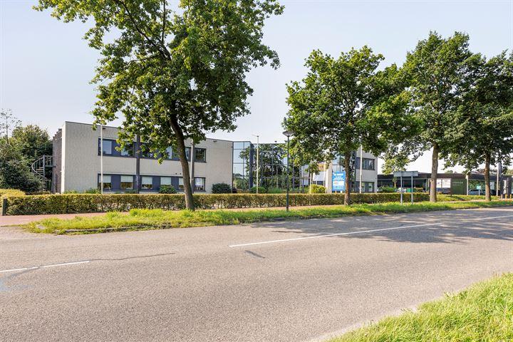 Bedrijfsweg 15, Oisterwijk