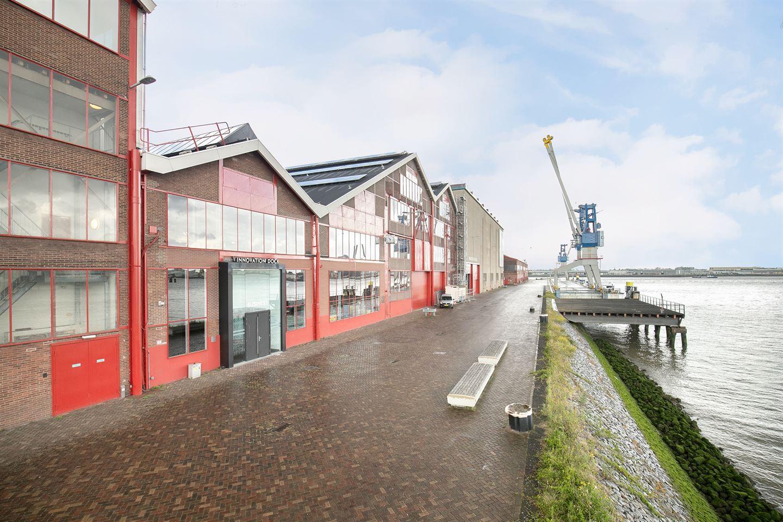 Bekijk foto 1 van Scheepsbouwweg 8
